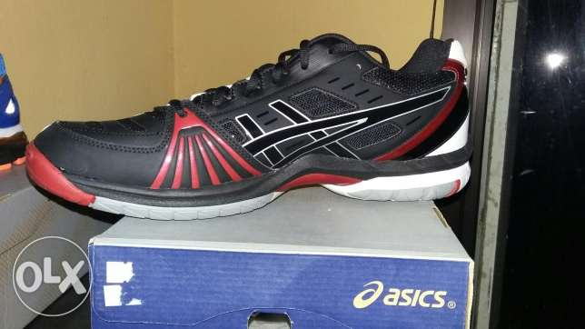 Asics volley المرفأ -  1