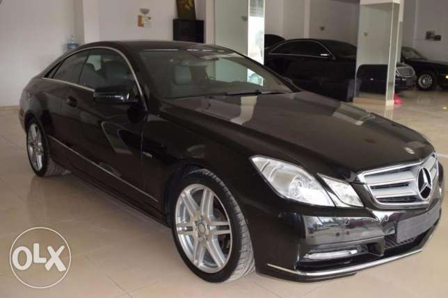 Mercedes-Benz E200 German import with ONLY 61000km
