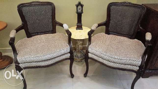CANADIAN FURNITURE - Set 2 Antique Chairs Imported
