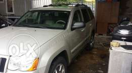Grand cherokee laredo full option