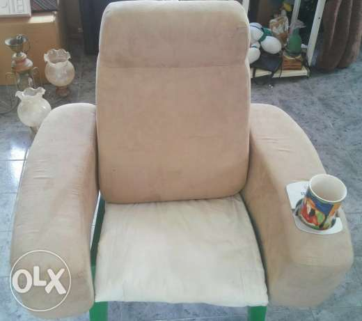 Foldable Massaging Back Rest LOW PRICE