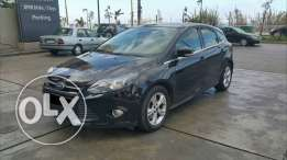 Ford Focus 2013 / 2.0 black on red, new look, one owner, no accidents,