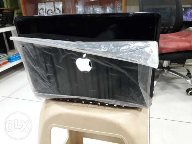 Laptop Apple, Medium, Black color, and smooth shape برج حمود -  2