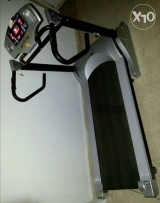 Treadmill like new in good condition user weight 140 kg for sale