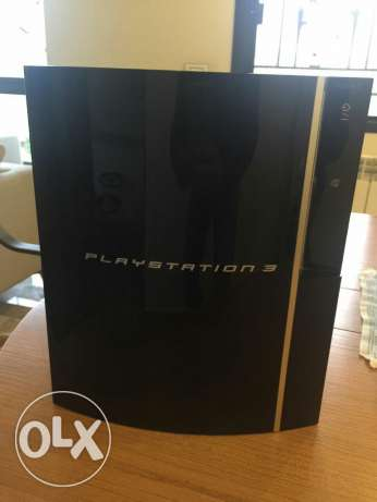 Ps3 40 gb with 2 controllers and 4 games ذوق مصبح -  1