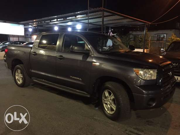 tundra 2007 clean v8 5.7 jdeed 4doors one owner low mile حارة صيدا -  2