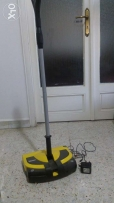 Kartcher machine for carpets and parquets