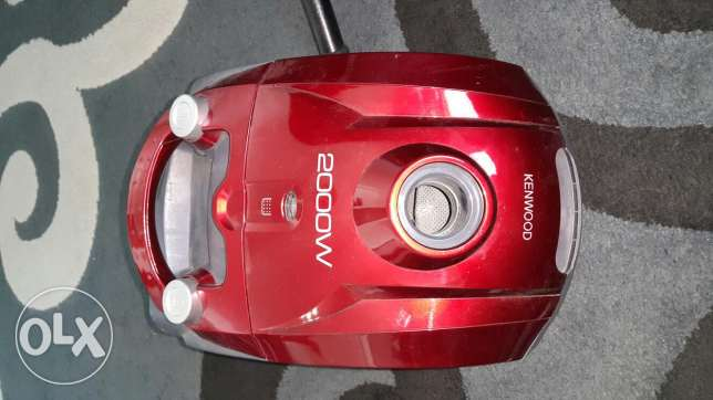 Kenwood vacium carpet cleaner 2000 W used 1 month