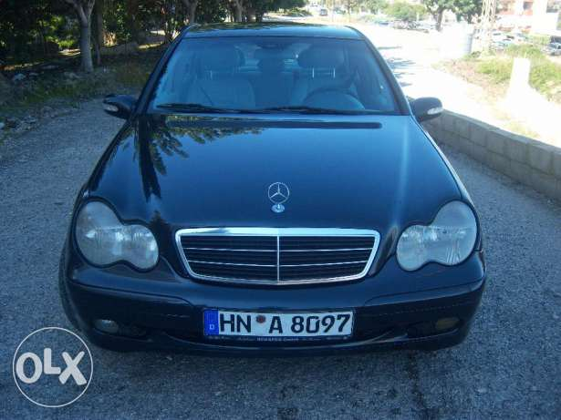 mercedes c200 Komprosser made in Germany ,انقاذ ,ما ناقصها شي