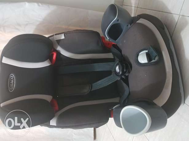 Convertable Car Seat 4 in 1 for Babies. Graco make.