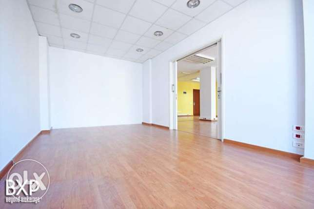180 SQM Office for Rent in Beirut, Ain El Mraiseh OF5443 راس  بيروت -  5