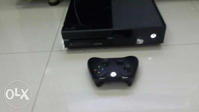 Xbox one used for 2 months in very good condition راس  بيروت -  1