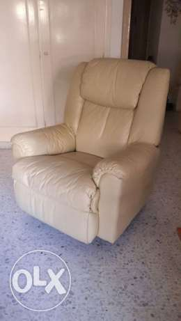 Lazy boy chair - couch فنار -  2