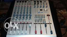Mixer leem new without power & 2 behringer speakers