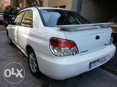 very good white subaru المرفأ -  2