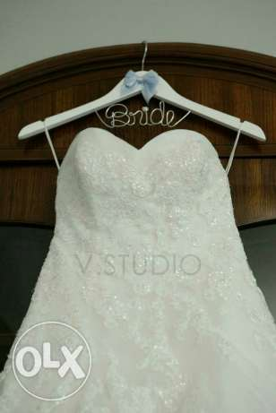 Wedding dress - brand name perfect condition - Hand beaded details