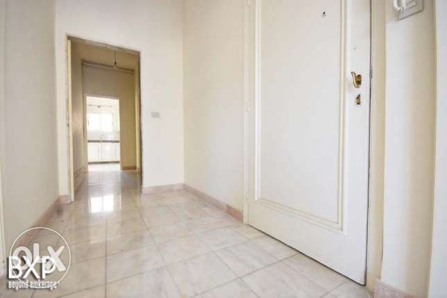 200 SQM Apartment for Rent in Beirut, Rawche AP4923