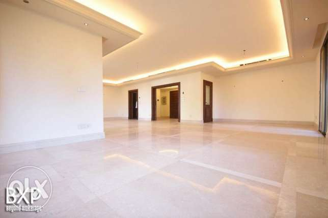 310 SQM Apartment for Rent in Beirut, Manara AP5236