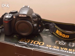 camera nikon D3100 in good condition for sale