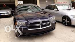 dodge charger 2011 clean carfaxx 6cylinder