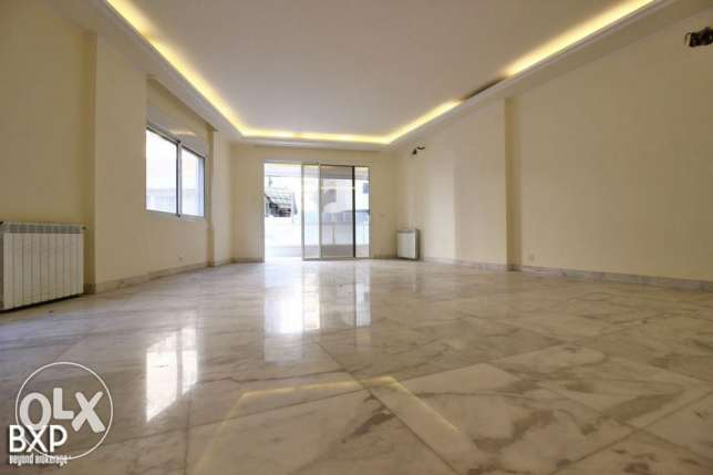200 SQM Apartment for rent in Baabda, Mar Takla AP5894