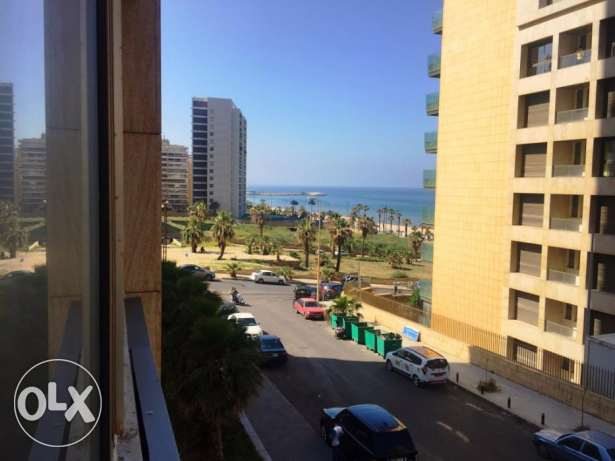 250sqm office/Apartment for rent in Ramlet el Bayda