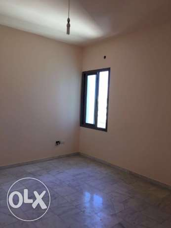 Ein Mrayseh: 150m apartment for rent