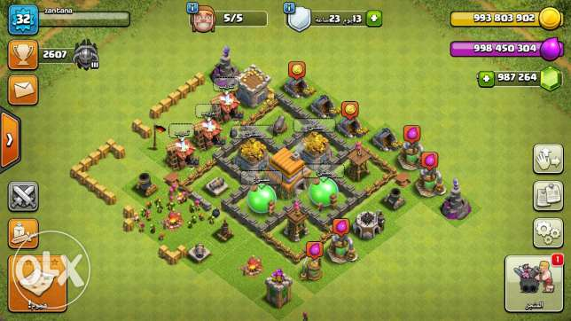 Clash of clans account lots of money