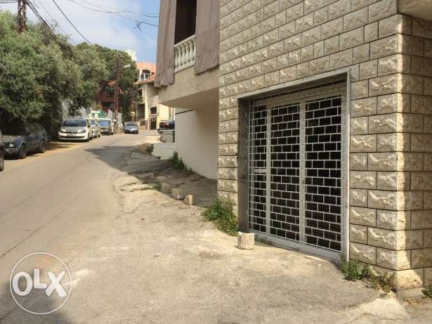 Shop for Sale in Mansourieh. Zero Commission.