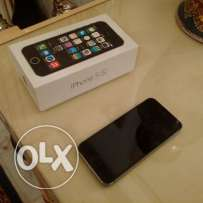 Iphone 5S NEW in box with everything + Cover