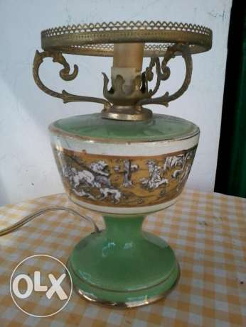 Old Italian Lamp, porceleine decorated with gold, 30$ سن الفيل -  1