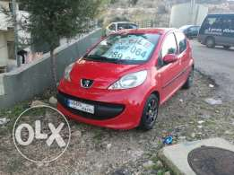 Peugeot 107 in mint condition(manual).