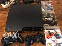 PS3(250GB) + 2 controllers + 3 games