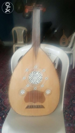 Old oud for sale