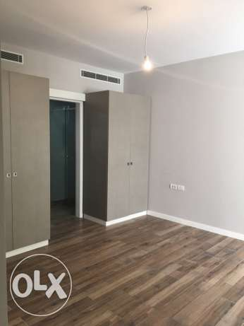 Clemenceu: 275m apartment for sale ميناء الحصن -  3