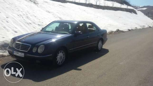 Mercedes E 240 mod 2001 full+navigation 6700$ very good condition