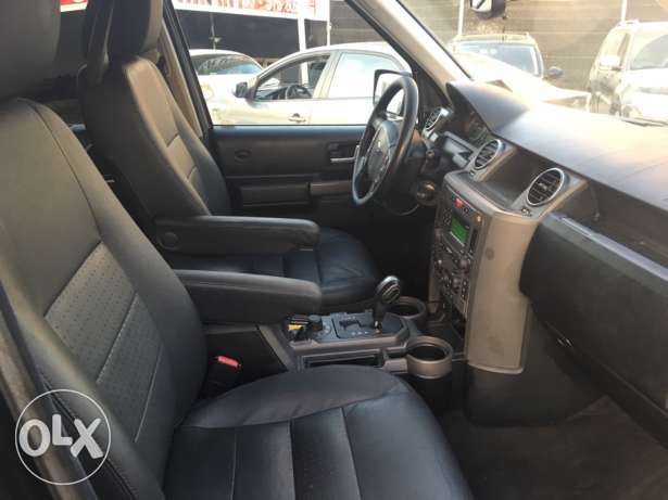 Land Rover LR3 V8 SE 2005 Black/Black in Excellent Condition! بوشرية -  5