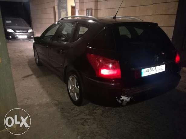 Nice family car in great condition الشوف -  8