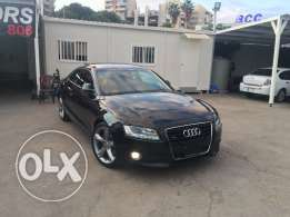 Audi A5 2009 Black/Basket 3.2 V6 Top of the Line in Showroom Condition