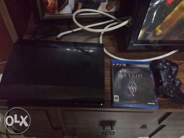 Ps3 with 2 Cds and 1 controller