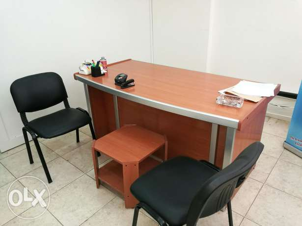 For sale office and chairs