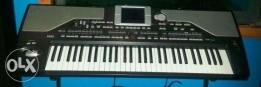 Korg PA800 EX pro,Original Like new,with 256MB Ram & full sounds