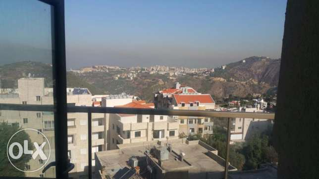 Appartment in Mazraat yashouh for rent بيت الشعار -  4