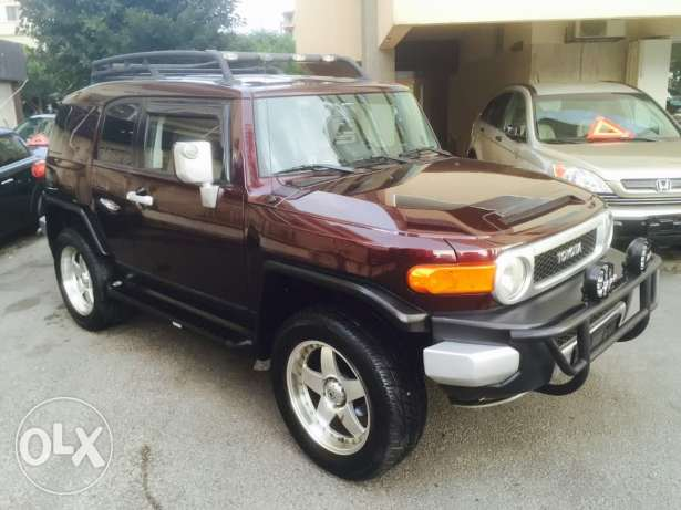 FJ Cruiser Clean Car Fax مفول مميزات
