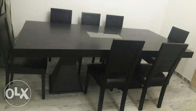 dining table 220x110 with 8 chair seat in leather