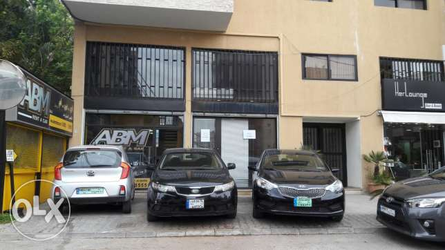 Commercial shop for sale in Zalka