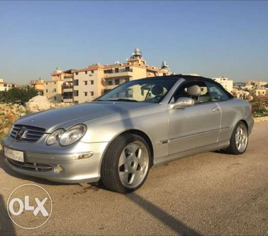 11Mercedes Benz CLK 320