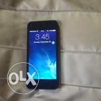 iPhone 5 black very good condition