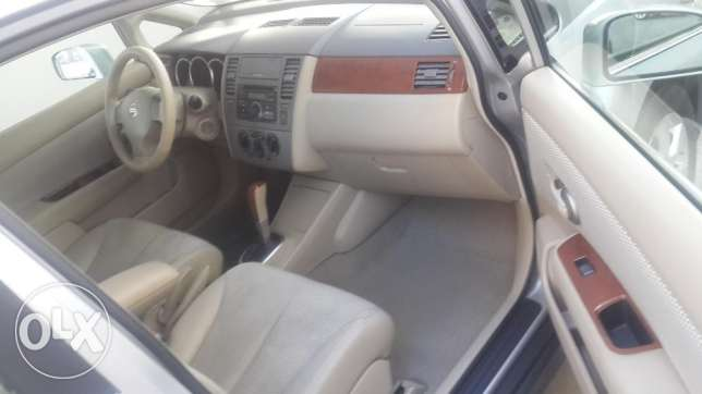 Top Car CRV EX 2005--Sunroof- 4 Wheel راس  بيروت -  1