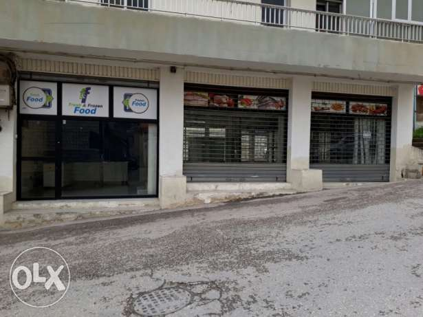 3 Commercial shops for rent in zahle rassieh for 400 usd near SSCC